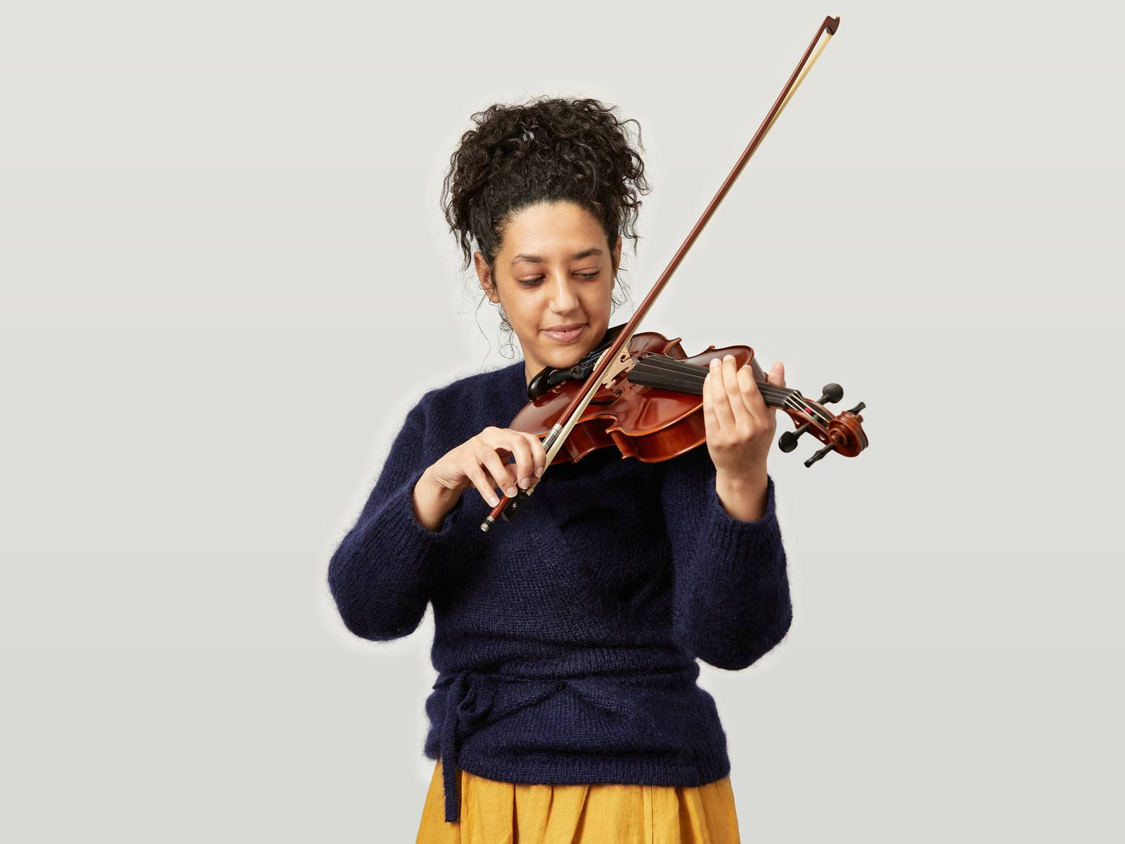 Melissa playing a violin.jpg